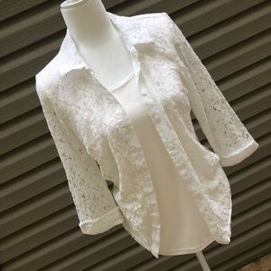 Sara Michelle White Lace Blouse Size small